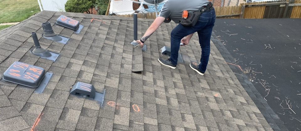 Kapella Roofing Inspecting a Roof for Homeowners Insurance